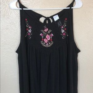 2/$20 Time and Tru botanical tie back tank